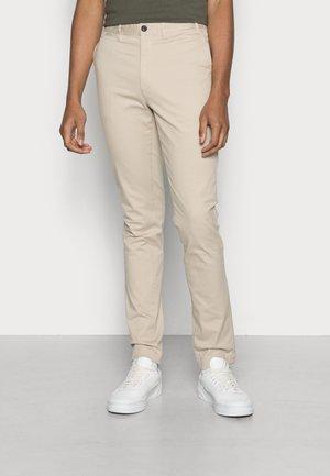 DUERALF PANTS MAN - Chinos - beige