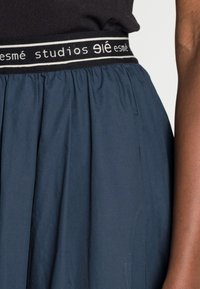 esmé studios - CALLA MIDI SKIRT - A-line skirt - dark sapphire - 4