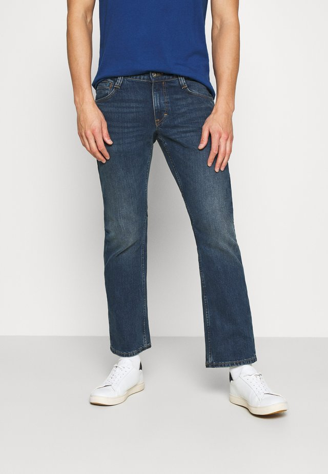 OREGON BOOT - Bootcut jeans - blue denim