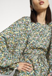 EDITED - DELLA DRESS - Day dress - mischfarben - 5
