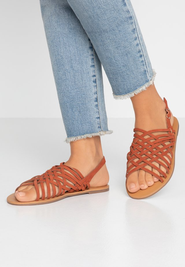 WIDE FIT FISHER - Sandals - rust