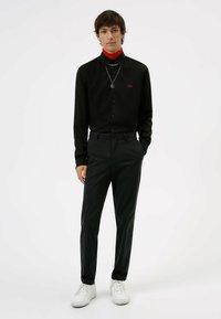 HUGO - ERMO - Formal shirt - black - 0