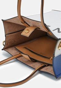 N°21 - SMALL SET - Handbag - white - 2