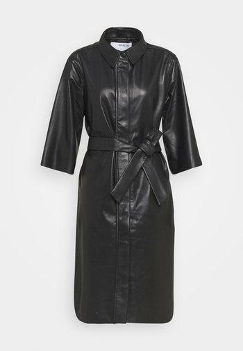 SLFSOLA DRESS - Košilové šaty - black