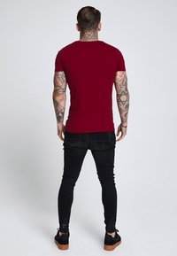 SIKSILK - SHORT SLEEVE GYM TEE - T-shirt basique - burgundy - 2