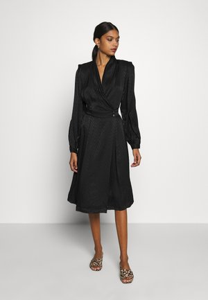 LYNNGZ DRESS - Vestido informal - black