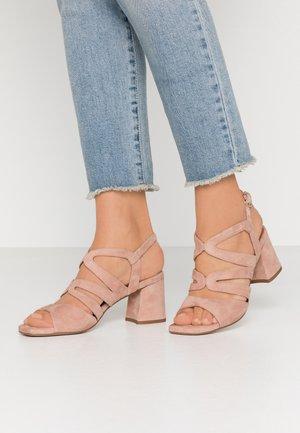Sandály - amalfi maguillaje