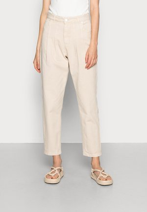 VANESSA HONG x BIRGITTE HERSKIND ANISTON PANTS - Relaxed fit jeans - coffee