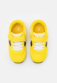 Hummel - REFLEX INFANT UNISEX - Sneakers laag - yellow - 3