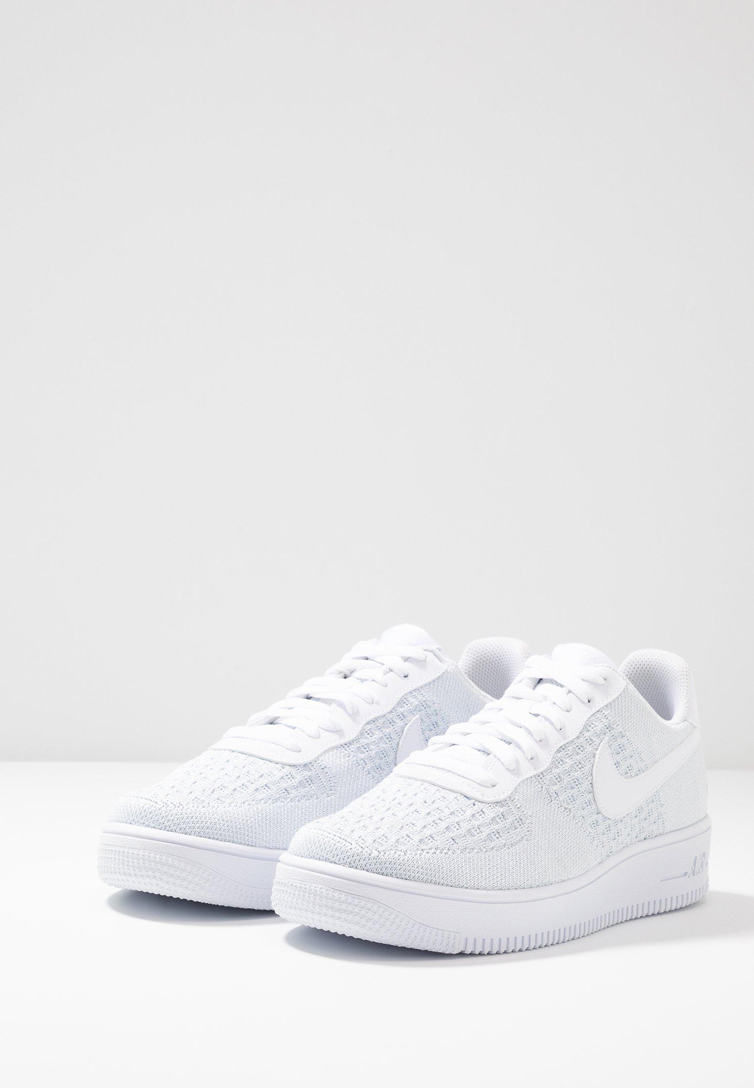 Nike Sportswear AIR FORCE 1 FLYKNIT 2.0 - Baskets basses - white ...