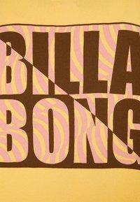 Billabong - TROPIC SHORE - Sweatshirt - pale yellow - 2