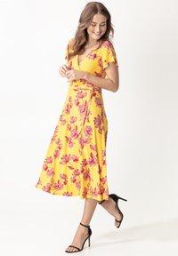 Indiska - ANIK - Denní šaty - yellow - 1