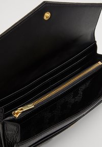 Ted Baker - TONYA QUILTED ENVELOPE MATINEE - Portefeuille - black - 5