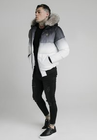 SIKSILK - DISTANCE JACKET - Winterjas - black/white