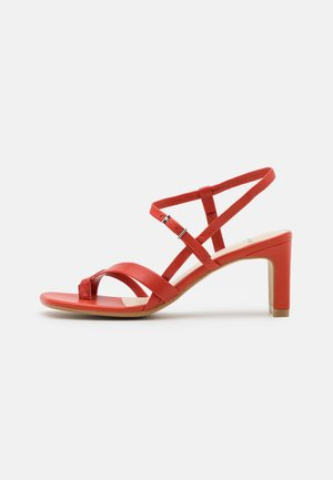 LUISA - Sandály - flame red