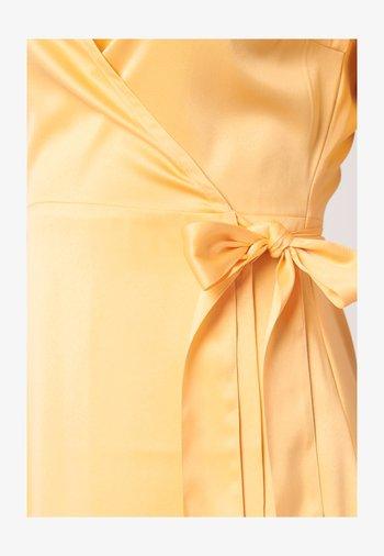 SCALA  - Cocktailklänning - yellow