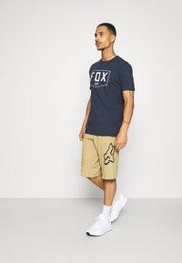 Fox Racing - SHIELD PREMIUM TEE - Print T-shirt - midnight - 1
