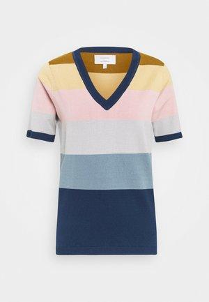 NUBLAISE - T-shirts print - moonlite