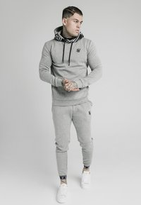 SIKSILK - MUSCLE FIT OVERHEAD HOODIE - Hoodie - grey marl