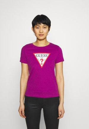 ORIGINAL - T-shirt z nadrukiem - lipstick geranium