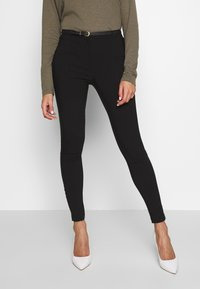 New Look - BELTED BENGALINE SKINNY TROUSERS - Trousers - black - 0