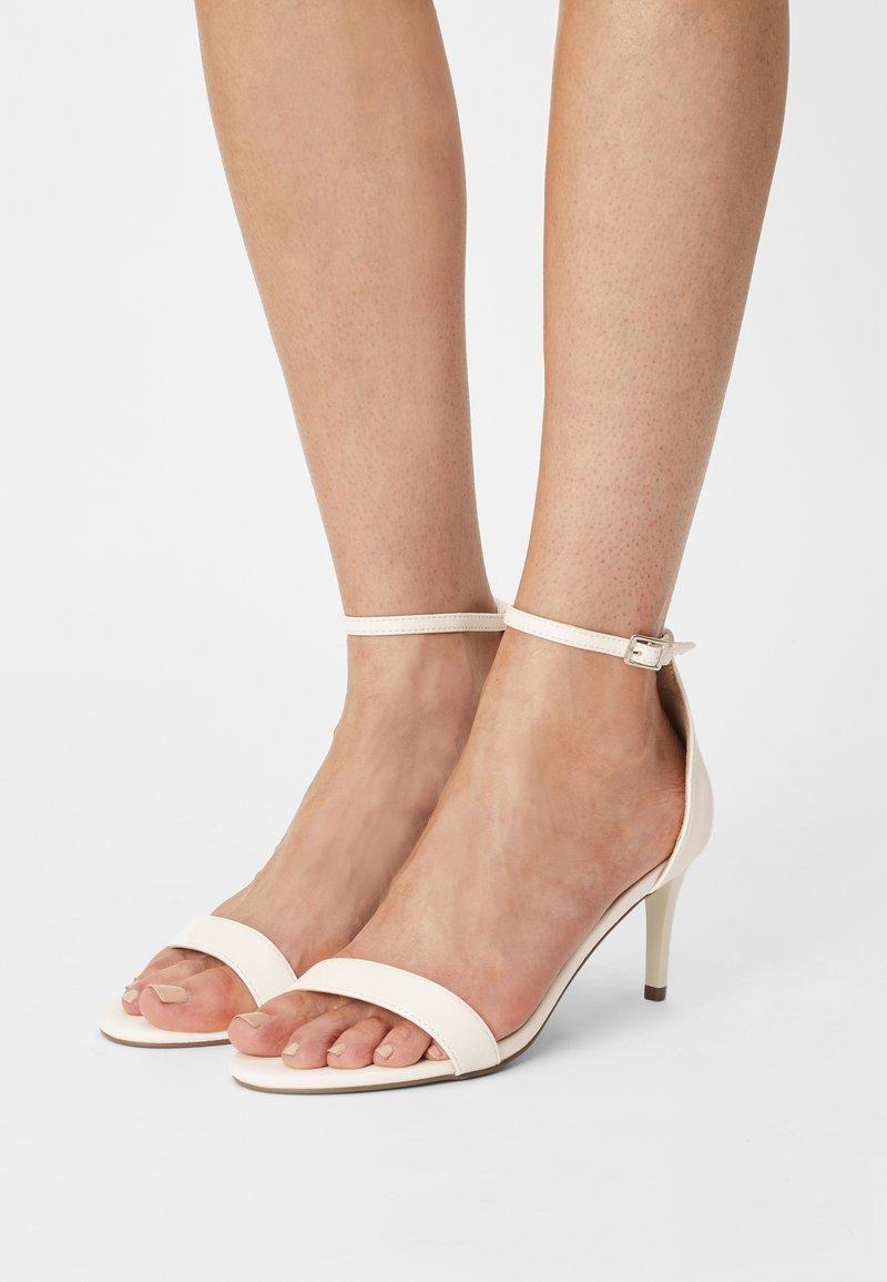 Even&Odd Wide Fit - Sandalen - white