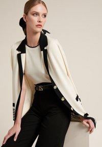 Luisa Spagnoli - Short coat - panna/nero - 2