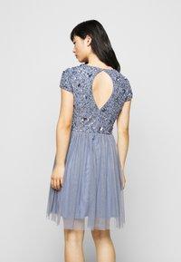 Lace & Beads Petite - NESSIA MIDI - Koktejlové šaty/ šaty na párty - blue - 2