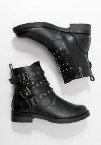 Marco Tozzi - Cowboy/biker ankle boot - black antic - 3