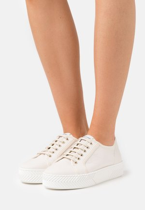 MATISSE - Zapatillas - soft white