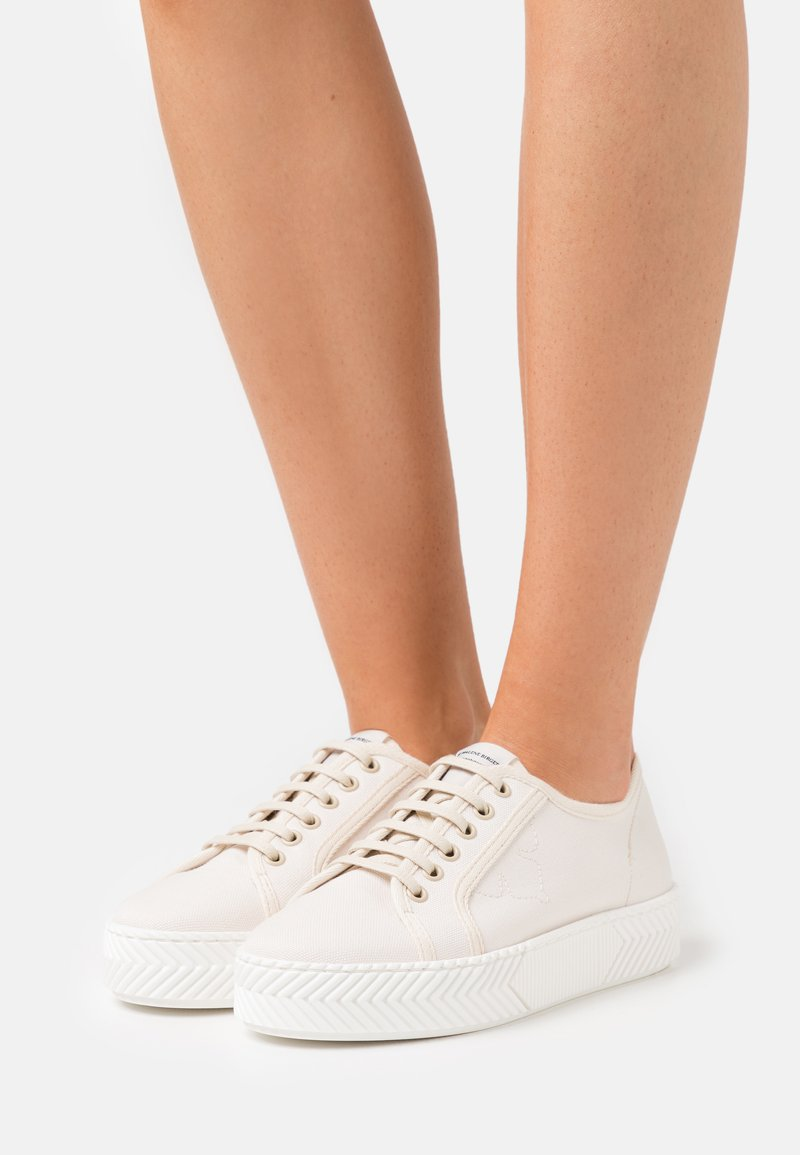 By Malene Birger - MATISSE - Trainers - soft white