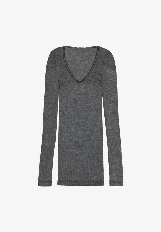 Undershirt - gray