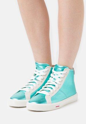 S-MYDORI MC W - High-top trainers - turquoise
