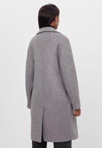 Bershka - Płaszcz wełniany /Płaszcz klasyczny - grey - 2