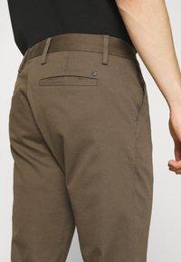 NN07 - THEO  - Trousers - clay - 6