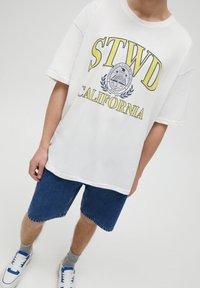 PULL&BEAR - CALIFORNIA STWD - T-Shirt print - white - 3