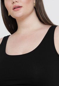 New Look Curves - NEW LONGLINE 2 PACK - Top - black/white - 7
