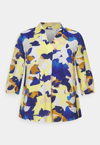 BLOUSE WITH OPEN COLLAR