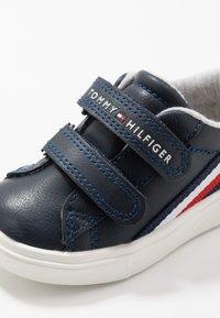 Tommy Hilfiger - Sneaker low - blue/white - 2