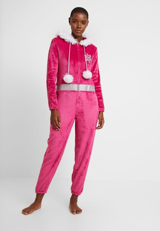 APRES SKI ONESIE - Pyjamas - pink