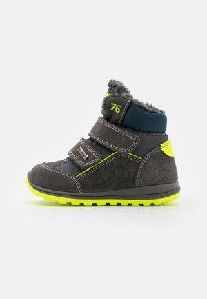 Winter boots - grigio scuro/grigio