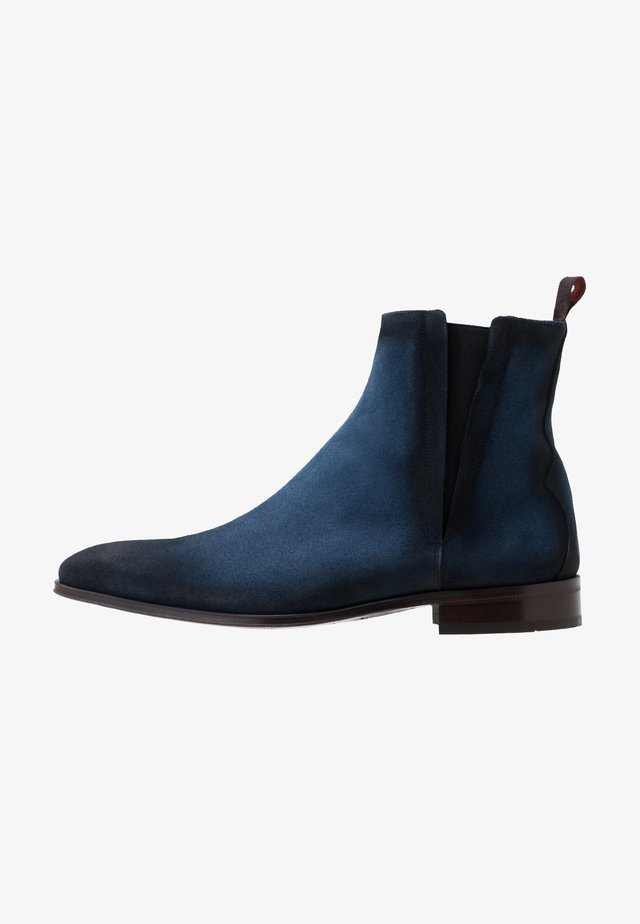 CAPONE CUBAN CHELSEA - Classic ankle boots - shadow jeans