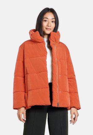 Winter jacket - pumkin