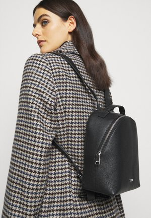 VICTORIA BACKPACK - Reppu - black