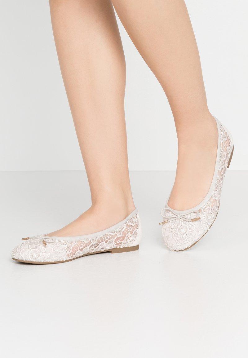 Tamaris - Ballet pumps - ivory macramee