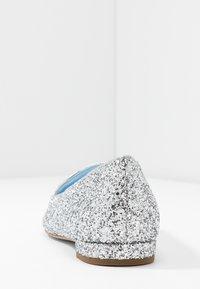 CHIARA FERRAGNI - Slip-ons - silver glitter - 5