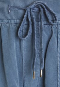 American Eagle - Cargo trousers - blue - 7