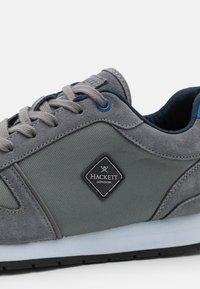 Hackett London - YORK EYELT TRAINER - Sneaker low - taupe - 5
