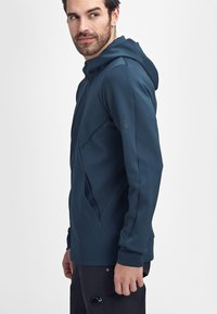 Mammut - AVERS ML  - Soft shell jacket - marine - 2