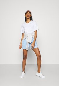 Pieces - Shorts - blue bell - 1